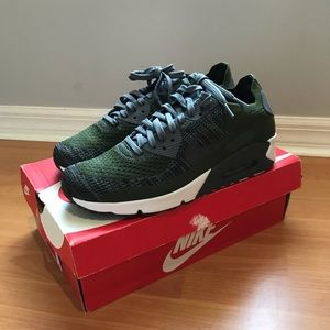 NEW! Nike Air Max 90 Flyknit Men's Shoes